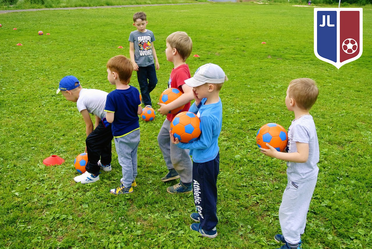 Бесплатная футбольная секция (муниципальный округ зюзино) wwwfootorflru/dus_ofphp